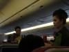 Die Stewardessen schön angezogen!