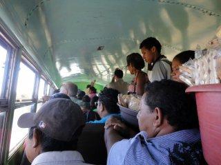 Es war wirklich voll im Bus