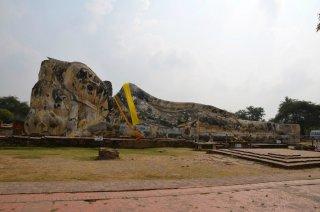 Der liegende Buddha von Wat Lokayasutharam