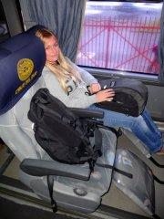bequem im Bus