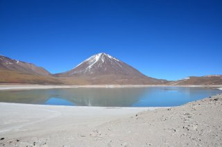 Laguna verde und der Licancabur Vulkan