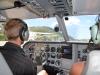 Der Pilot startet das Flugzeug