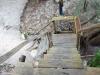 über einer Treppe kommt man hoch