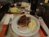 Unser erstes Steak mit Wein in Argentinien!