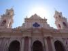 Die Kirche beim Plaza