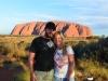 Posieren vor dem Uluru